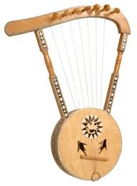 Simisimiyya http://www.gandharvaloka.co.nz/instruments/images/si-semsemia-lrg.jpg